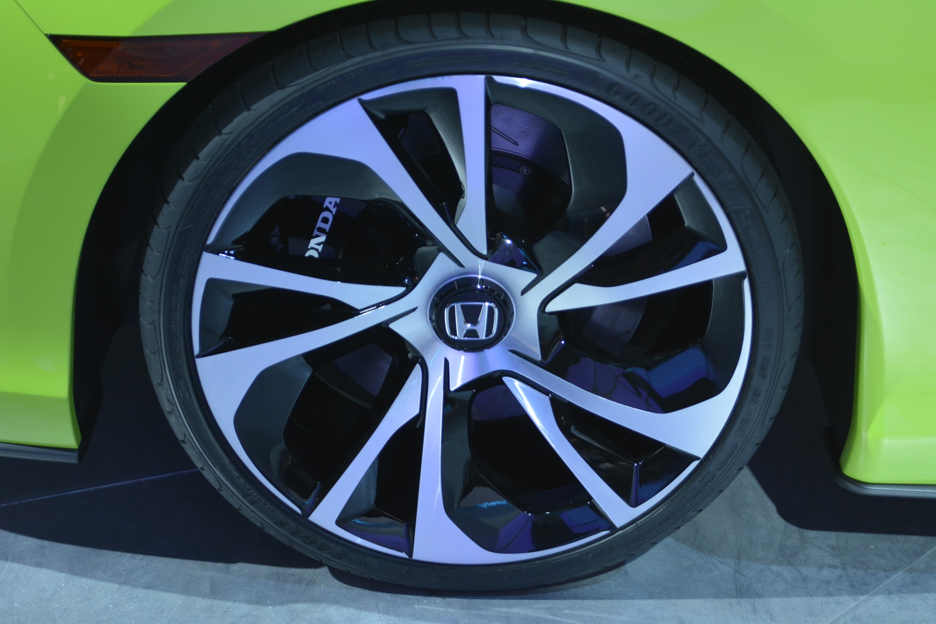 [Image: S0-Salon-de-New-York-Honda-Civic-Concept...350002.jpg]