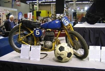 """Les motos de Rétromobile 2008 : """"La moto dans tous ses états"""" : Les Sportives."""