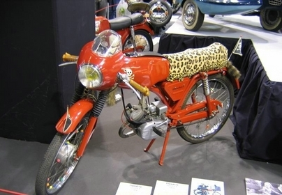 """Les motos de Rétromobile 2008 : """"La moto dans tous ses états"""" : Les Autres."""