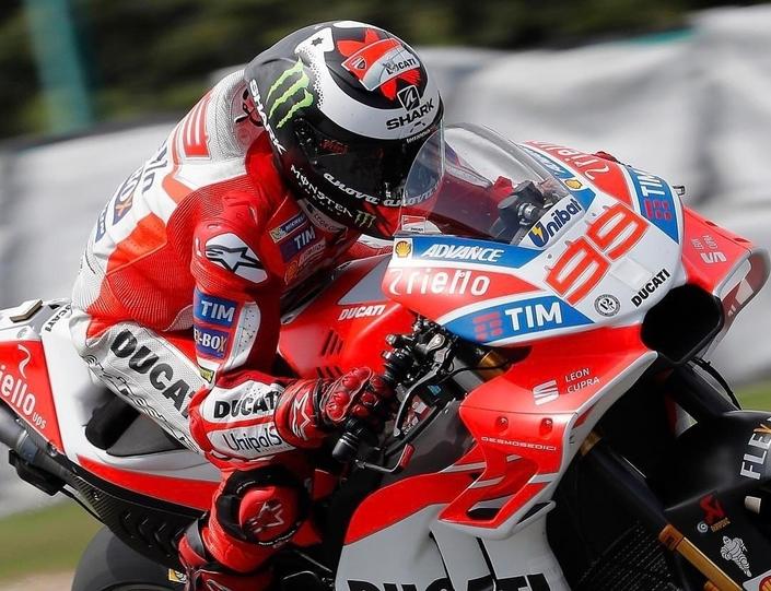 MotoGP - République Tchèque J.1: Dovizioso fait le show à Brno