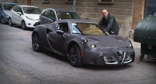 Surprise : enfin un prototype d'Alfa Romeo 4C