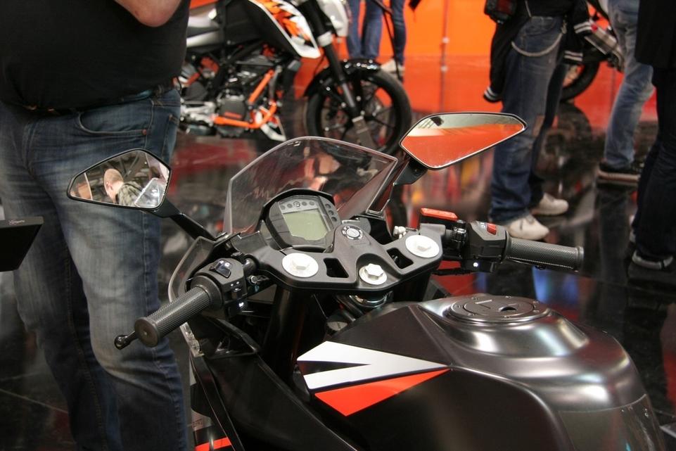 Salon de Milan en direct : KTM RC200 ABS