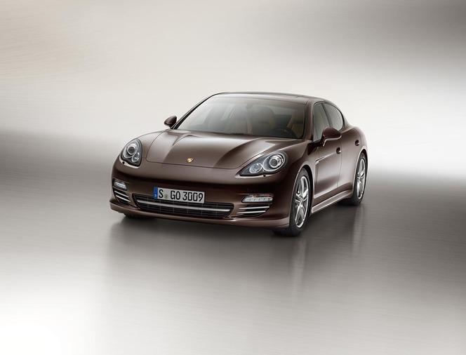 Porsche Panamera Platinum Edition, suréquipée