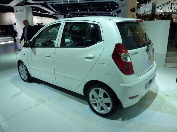 S7-Mondial-de-Paris-2010-Live-Hyundai-i10-restylee-plus-forte-en-gueule-198242