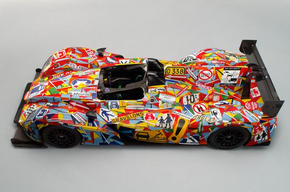 L'art car du OAK Racing exposée à Paris