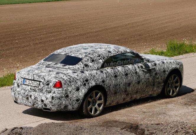 """La """"petite"""" Rolls Royce Drophead présentée à Francfort"""