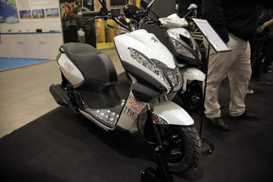 Salon de Milan En Direct : Peugeot StreetZone 50 cm3/100 cm3