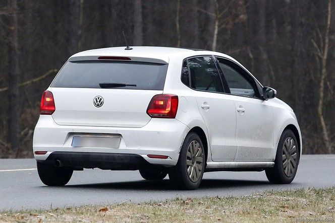Surprise : la VW Polo restylée se montre nue