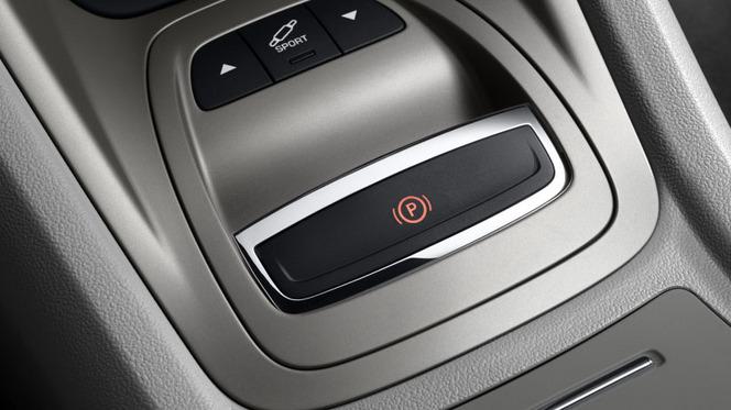 Quels sont les équipements inutiles ou disparus sur nos voitures modernes ?