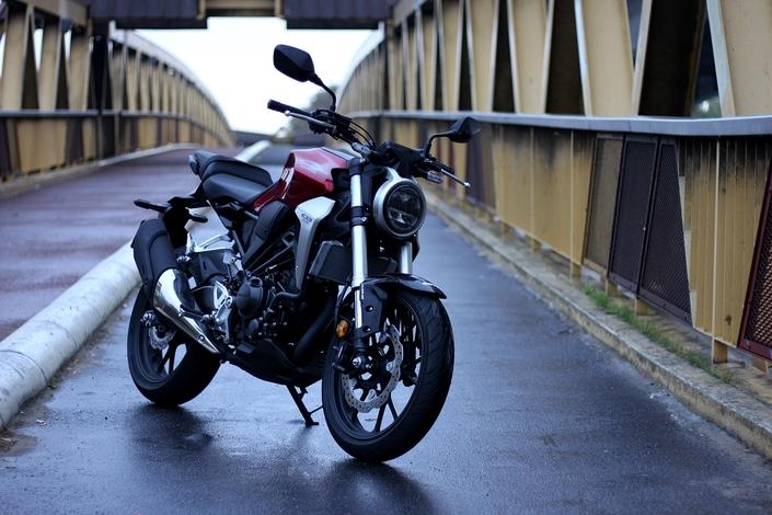 Essai - Honda CB300 R - La meilleure des CB-R?