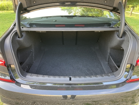 The trunk offers an interesting cargo volume.