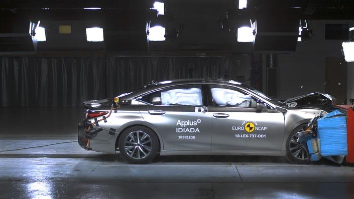 Euro NCAP: seulement 4 étoiles pour les ludospaces PSA !