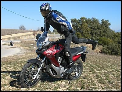 Essai Honda 700 XLV Transalp 2008 : des envies de sommets