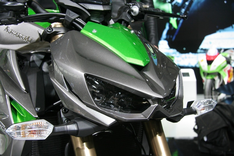 Le salon de Milan en direct : Kawasaki Z 1000