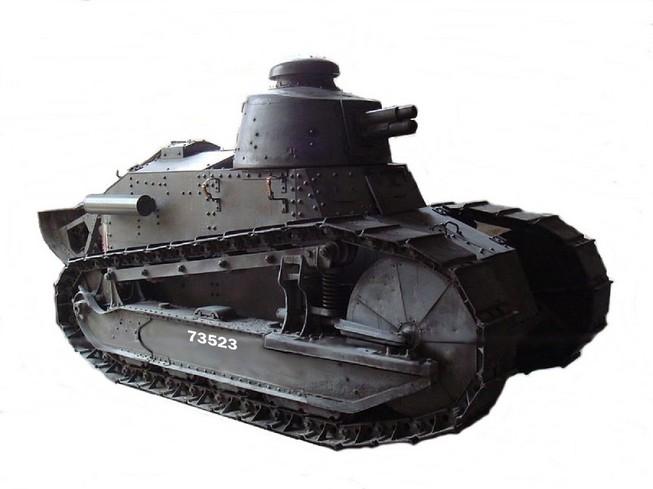 """Rétromobile 2014 : le blindé US """"M47 Patton"""" en démonstration dynamique aux côtés du Renault FT"""