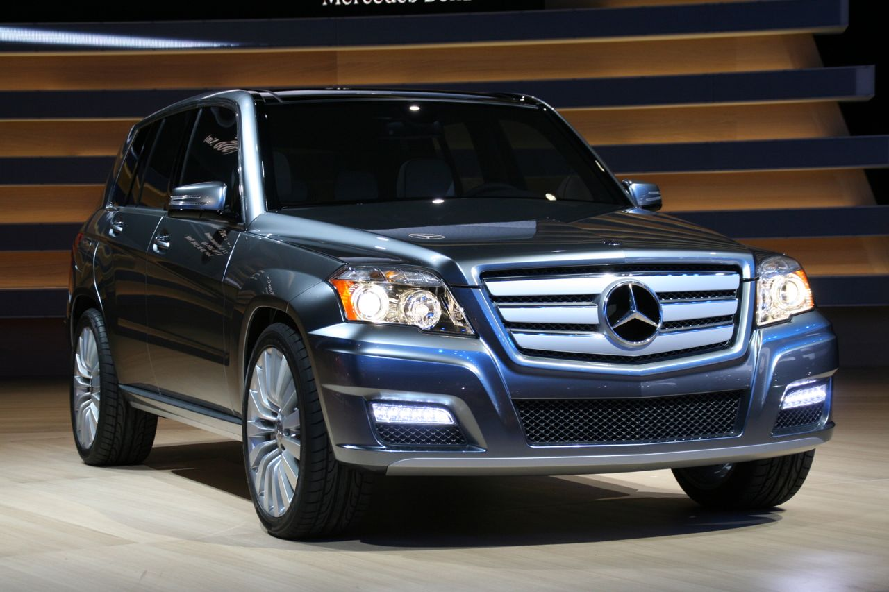 mercedes nouveau 4 cylindres diesel bluetec pour 2009 photos hd glk townside. Black Bedroom Furniture Sets. Home Design Ideas