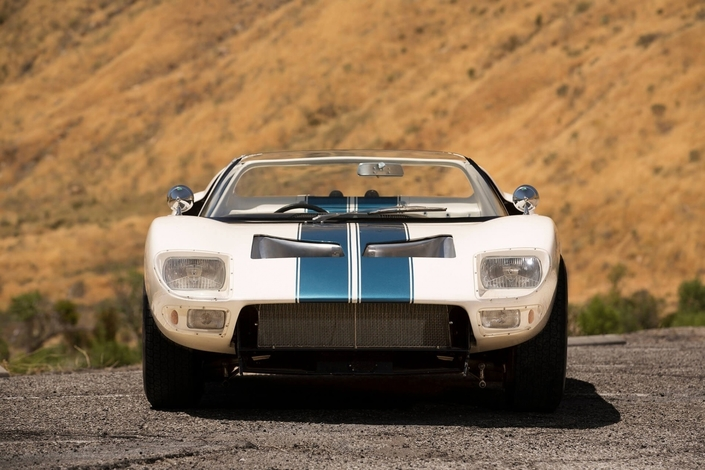 Offrez-vous la seule Ford GT40 roadster existante