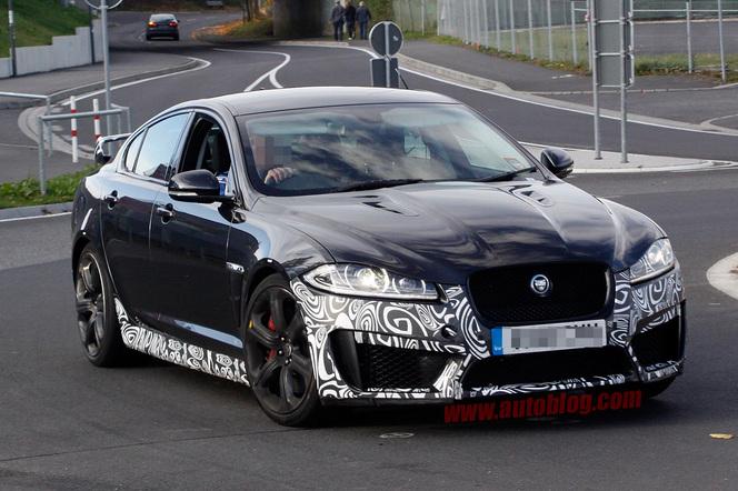 Surprise : la Jaguar XFR-S fait son retour sur le Ring