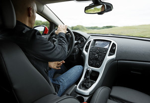 Prise en mains - Opel Astra GTC : un châssis super affûté