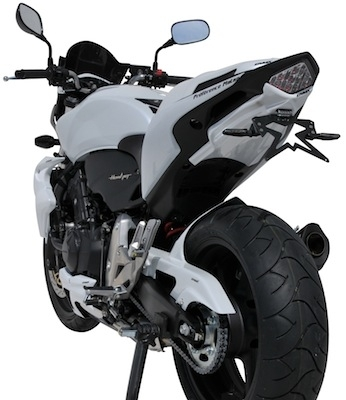 Ermax habille la Honda Hornet 2011.