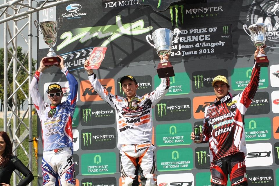 MX GP - St Jean d'Angely : Searle et Cairoli pour conclure
