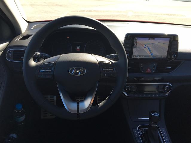 Hyundai i30 (2017) : découvrez les premières images de l'essai en live