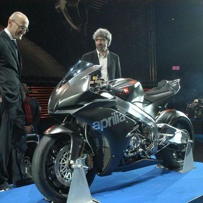 Superbike: Aprilia a présenté sa RSV4