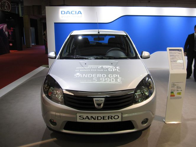 dacia sandero blackline 1 4 mpi 75 gpl eco2 janvier 2010. Black Bedroom Furniture Sets. Home Design Ideas