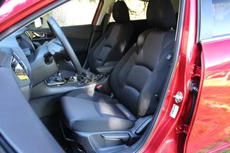 Essai – Mazda 3 2.0 l Skyactiv-G 165 ch: le dernier des Mohicans