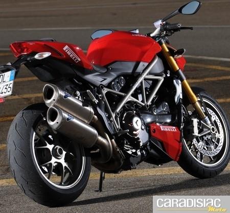 Pirelli Diablo Rosso Corsa… en détail.