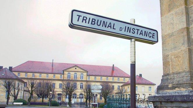 Dernier recours le d p t de plainte et le tribunal - Tribunal d instance salon de provence ...