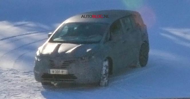 Le futur Renault Espace surpris!
