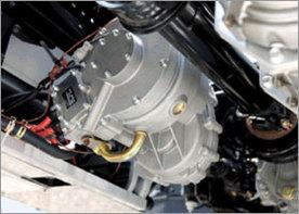 Nissan : les versions hybride/diesel et CNG de son Atlas commercialisées au Japon