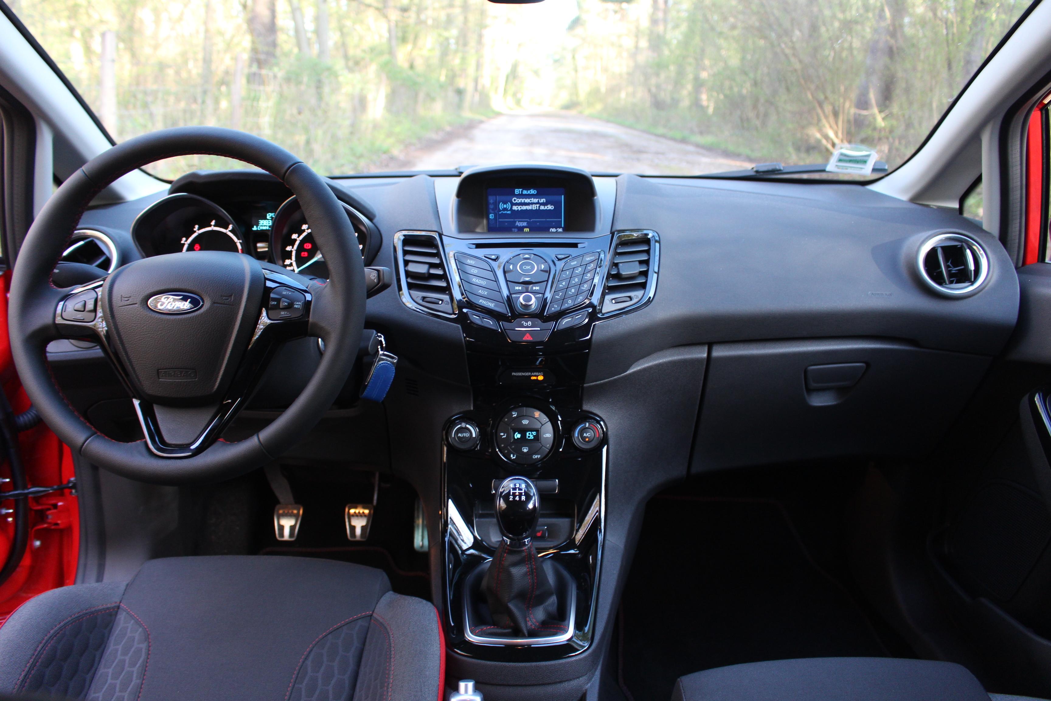 Essai Ford Fiesta Red Edition Un Bon Coup De Rouge