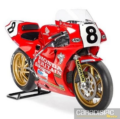 Vente Bonhams ce dimanche 24 avril : une Ducat' de Superbike ex Xaus et Haga dans votre garage…