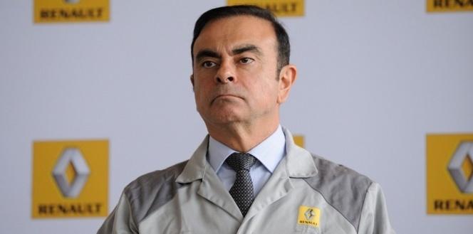 Carlos Ghosn réunit  un conseil d'administration extraordinaire pour évoquer la montée de l'Etat au capital