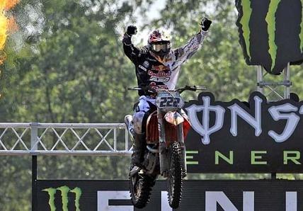 Motocross mondial : Valkenswaard, Steven Frossard repart avec la plaque rouge