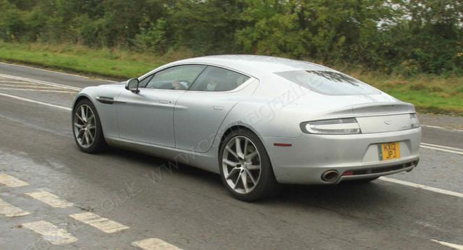 Aston Martin Rapide restylée: à nouveau surprise
