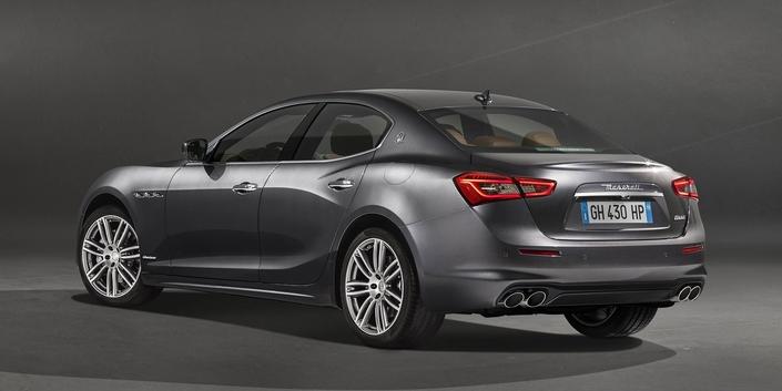 Maserati dévoile la Ghibli Granlusso légèrement restylée