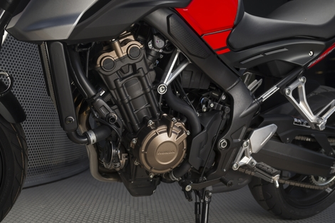 Essai Honda CB650F 2017 : la dose idéale, le juste prix