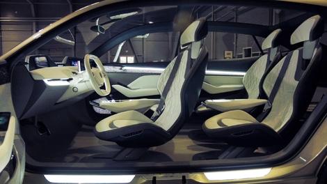 Présentation vidéo - Au volant du concept Skoda Vision E