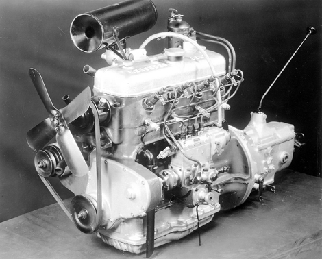 The engine of the Mercedes 260D.