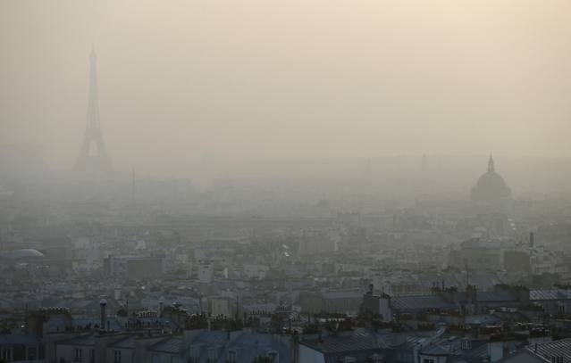 Pollution : restrictions de circulation à Paris, Lyon et Grenoble mardi 24 janvier