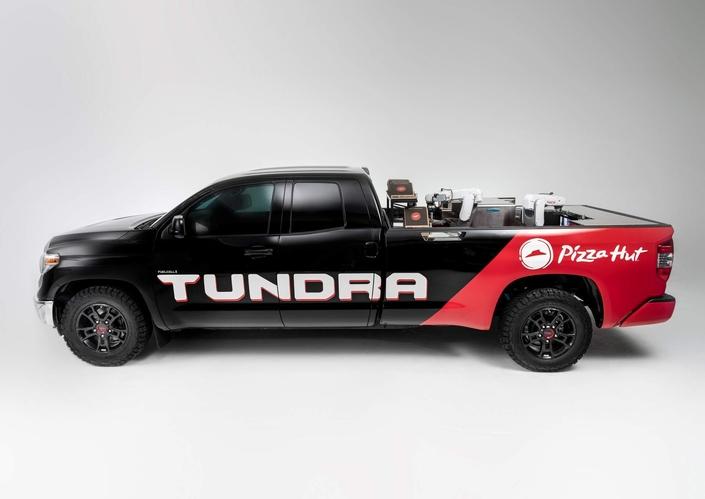 Sema Show 2018 : un Toyota Tundra avec la pile à combustible de la Mirai