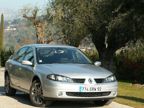 Essai - Renault Laguna GT 2.0 dCi 175 ch : le meilleur 2 litres diesel du monde ?