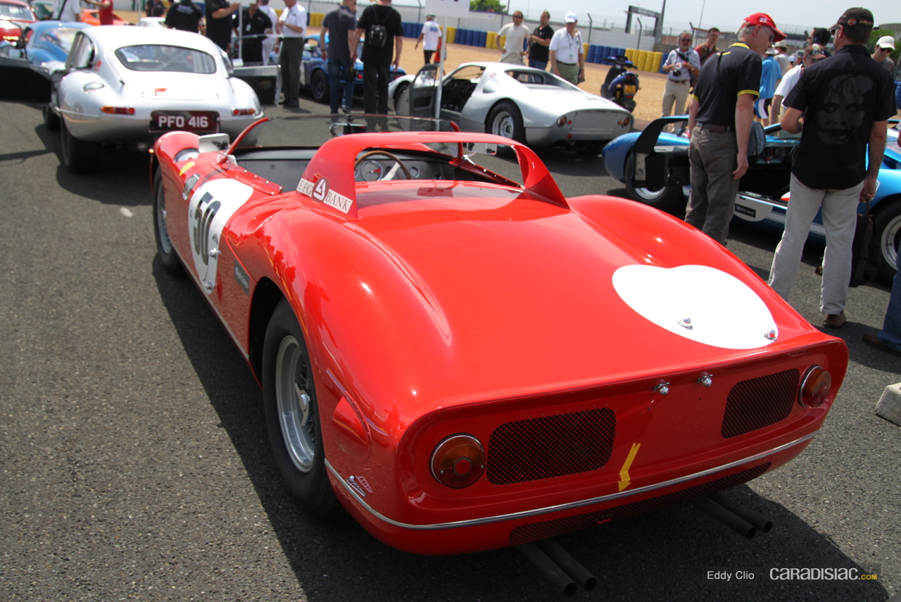 View Le Mans Ferrari 330 Wallpaper  PNG
