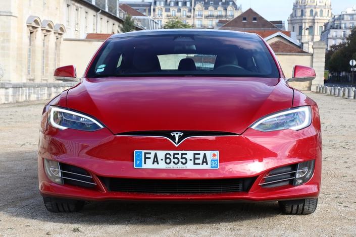 Essai - Tesla Model S75D : que vaut la moins chère des Tesla?