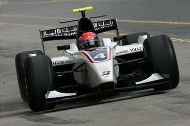 GP2 Asia Dubaï Course 1: Grosjean parachève