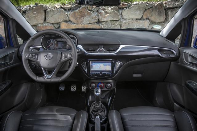 Essai vidéo - Opel Corsa OPC : l'éclair bleu