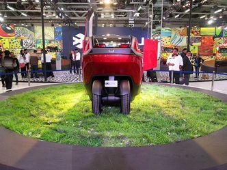 New Delhi 2014 : Bajaj U-Car concept, l'autre voie